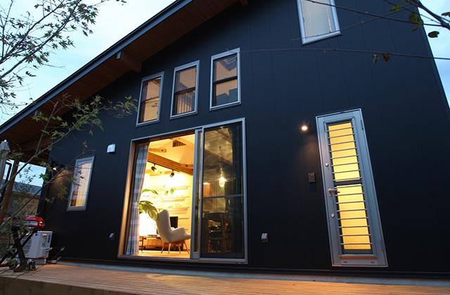 浜砂住建 FREEQ HOMES モデルハウス「平屋+ロフトハウス LOAFER」(宮崎市)
