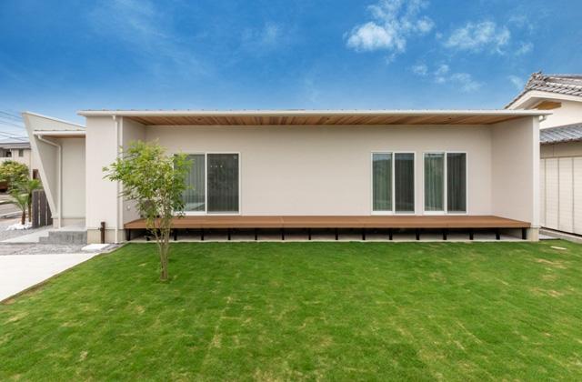 万代ホーム Pura佐土原モデルハウス「真っ白な外観と内装にもこだわったオシャレ平屋」(宮崎市)