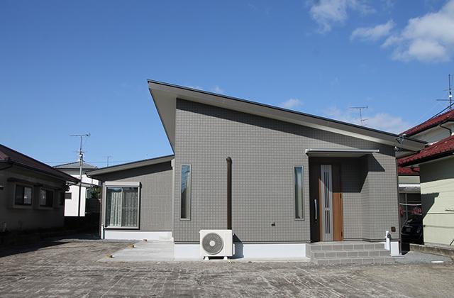 ニシヤマホーム 明るいリビングとつながる和室で広々としたLDK空間のある平屋 (都城市)